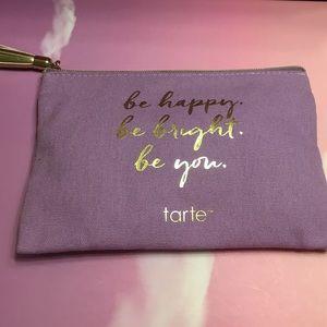 💋4/$26! Tarte makeup bag